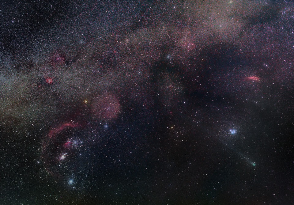 Amazing widefield of Orion and comet LoveJoy by Fritz Hemmerich.